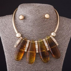 Набор Янтарный (им.) ожерелье + серьги Gold
